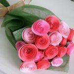 Cách làm hoa hồng bằng giấy cực kì đẹp