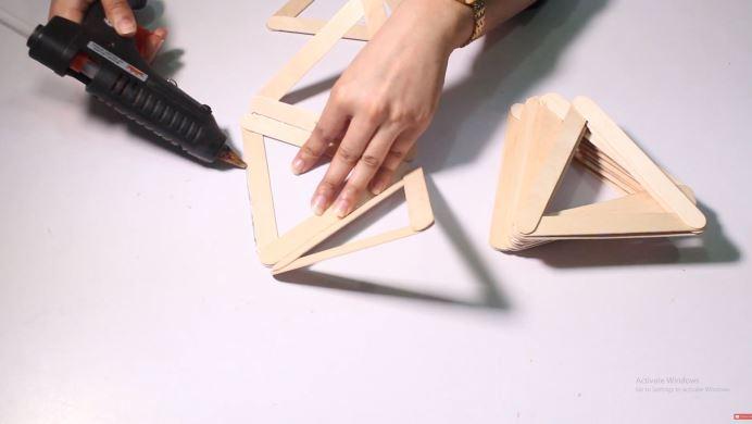 cách làm đèn ngủ bằng que kem gỗ