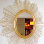 Hướng dẫn trang trí gương treo tường bằng tăm tre