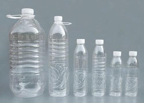 làm tàu vũ trụ từ chai nhựa