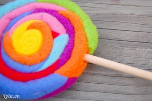 hướng dẫn làm kẹo mút bằng vải