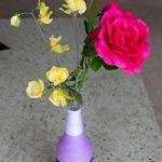 Cách làm bình hoa quấn dây len xinh xắn