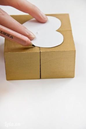 làm xúc xắc gỗ hình trái tim