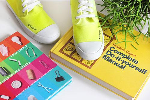 phối màu cho đôi giày sneakers