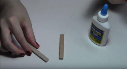 cách làm bàn ăn bằng kẹp gỗ