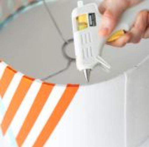 cách làm đèn để bàn bằng dây ruy băng