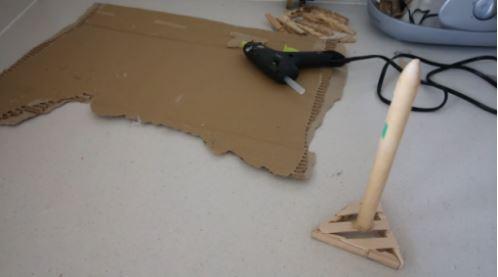 cách làm đèn ngủ bằng kẹp gỗ