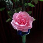 Hướng dẫn làm hoa hồng đơn giản từ dây ruy băng