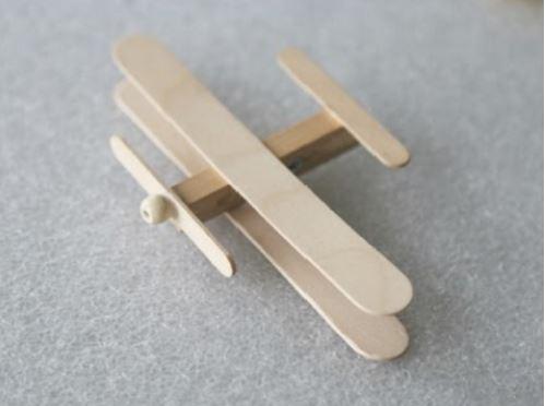 cách làm máy bay từ que kem gỗ