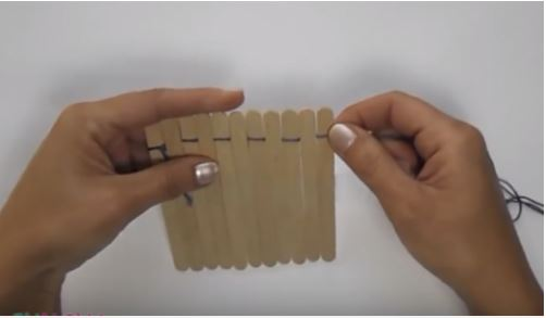 cách làm miếng lót bằng que kem gỗ