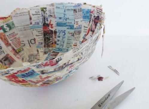 cách làm tô đựng bằng giấy báo