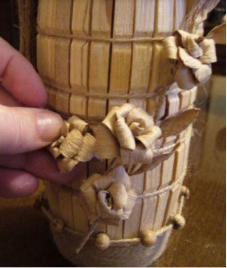 cách trang trí lọ thủy tinh bằng kẹp gỗ