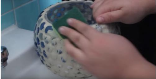 cách trang trí tô thủy tinh gắn đá