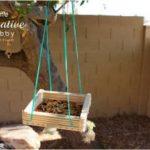 Cách làm giỏ đựng thức ăn cho chim từ que kem gỗ